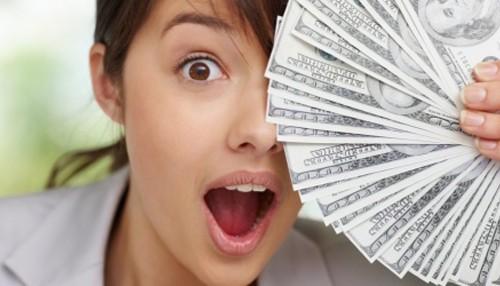 mulher-dinheiro-rica-14427